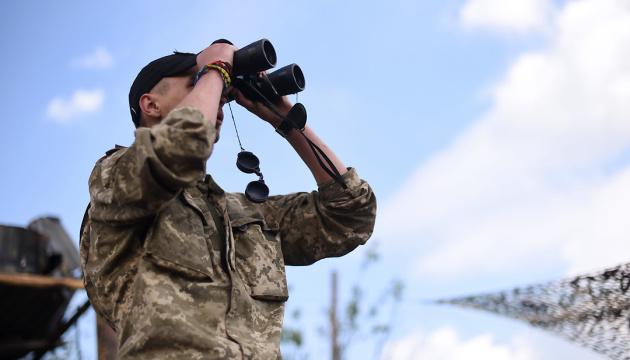 Im Konfliktgebiet Donbass ein Soldat getötet, drei verletzt
