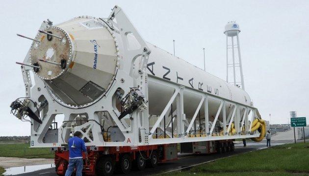 Запуск Antares перенесли на добу через проблеми з кабелем