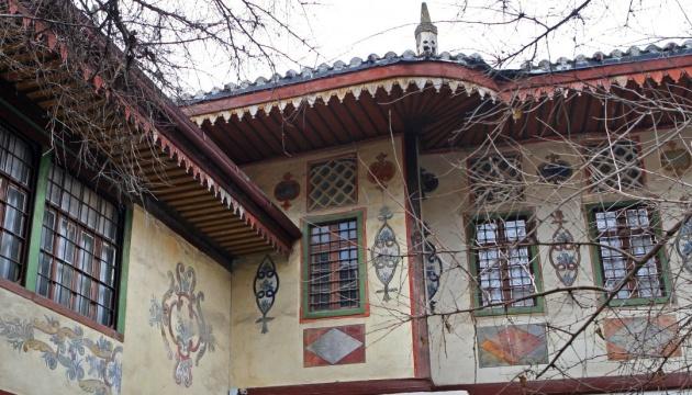 Украина просит ЮНЕСКО спасти Ханский дворец в Бахчисарае