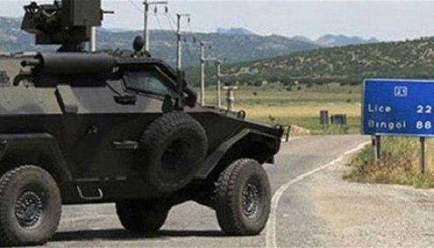 Курды взорвали автомобиль с турецкими солдатами: 4 погибших, 5 раненых