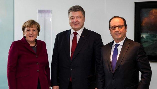 Poroshenko, Merkel, Hollande agree on elaboration of 'Normandy format' summit agenda