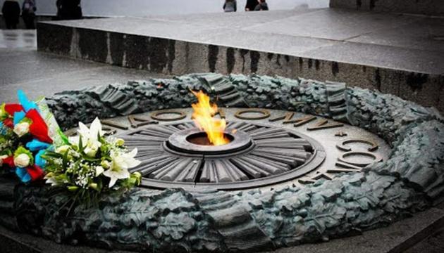 В Україні створили першу електронну базу  похованих у Києві воїнів 1940-1950-х