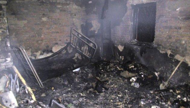 У приватному будинку на Житомирщині живцем згоріли троє людей