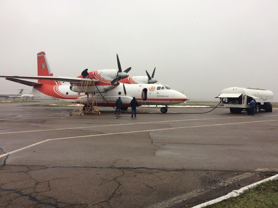 Літак АН-32