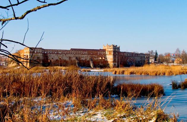 Звенигородський замок — фортеця, збудована в місті Звенигородка Черкаської області. Фото: travel.neonet.ua