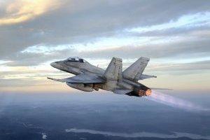 Канадські літаки перехопили російський винищувач поблизу Румунії