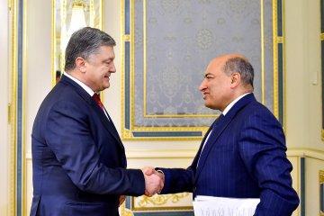 Poroshenko, EBRD president discuss financing of projects in Ukraine