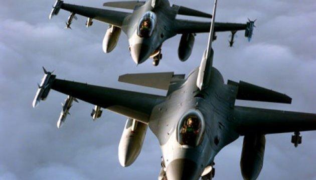 Запад-2017: Штати посилять винищувачами місію НАТО у Литві