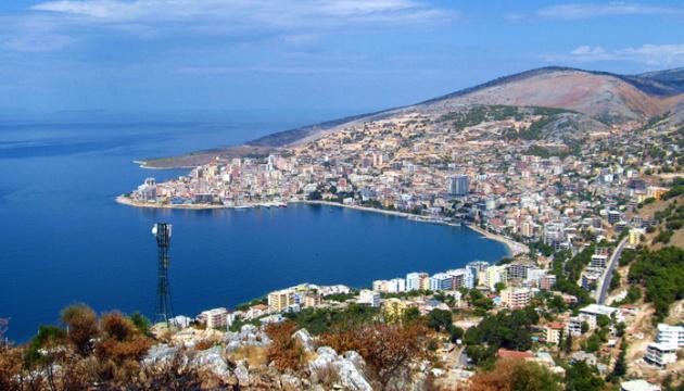 Албанія посилює карантин для боротьби з Delta-штамом