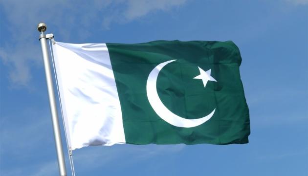 Новое правительство Пакистана принесло присягу
