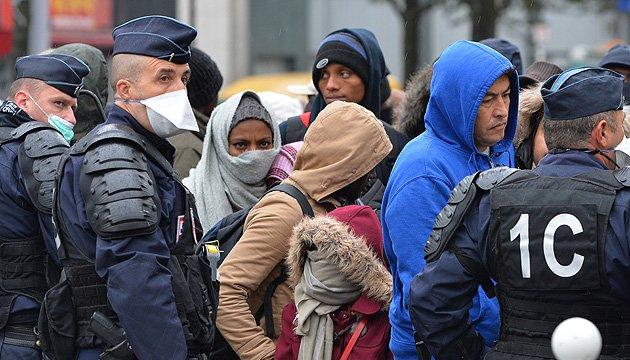 Кількість шукачів притулку в ЄС скоротилася на 50%