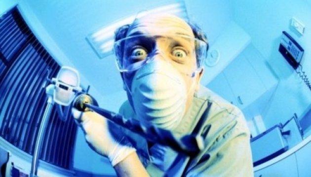 У Харкові дільничній лікарці за побиття пацієнтки дали умовно