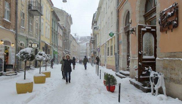 День Героїв Небесної Сотні: у Львові відбулася урочиста лінійка