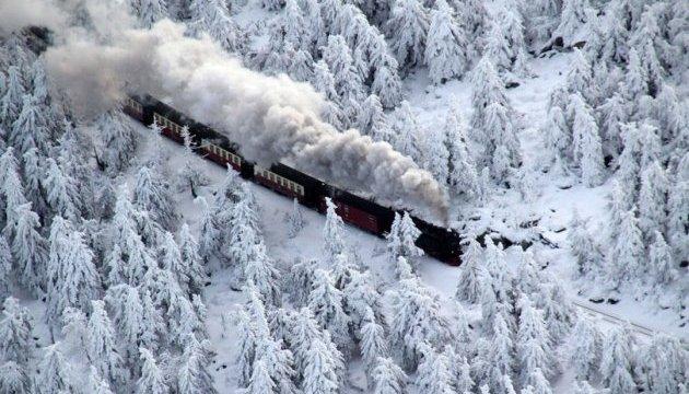 Новорічну ніч у поїздах зустріли майже 22 тисячі пасажирів