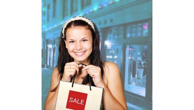 Чорна п'ятниця в інтернет-магазині «Розетка» дає можливість вигідно придбати подарунки до свят