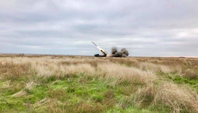 Пуски нової української ракети на 60 км пройшли успішно - Порошенко