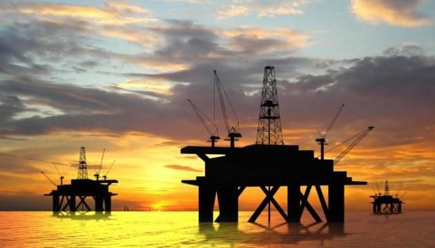 Цены на нефть ускорили падение из-за ухудшения прогноза ОПЕК
