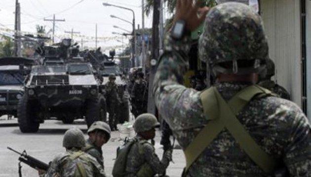 На Філіппінах у сутичках ісламістів та армії загинули більше 40 осіб