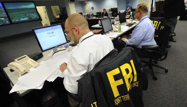 ФБР проводить 3 розслідування у справі про кібератаки Росії - ЗМІ