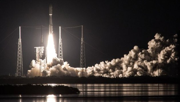 США запустили ракету Atlas V з військовим супутником