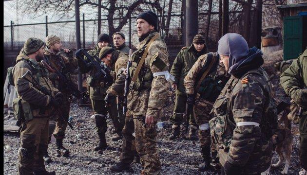 Бойовики перекидають сили під Брянку та Первомайськ
