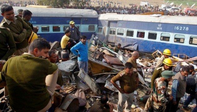 Кількість жертв залізничної катастрофи в Індії зросла до 133