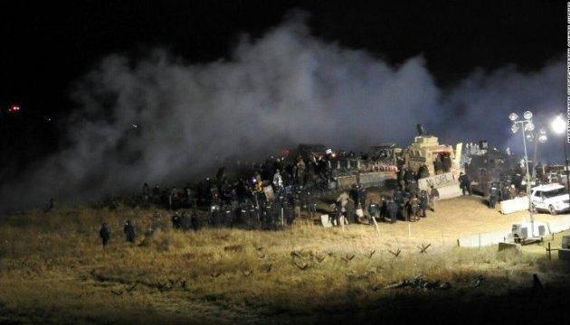 У Північній Дакоті сталося масштабне зіткнення протестувальників і поліції