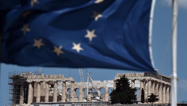 Греция начинает жить без международной финпомощи