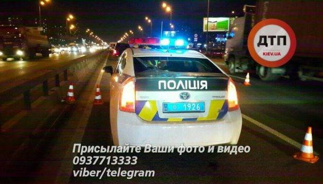 У Києві позашляховик збив на смерть шестикласника