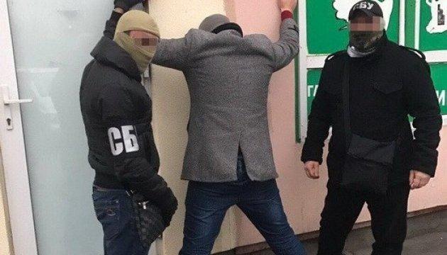 Київський комунальник вимагав у забудовника 10 тисяч за