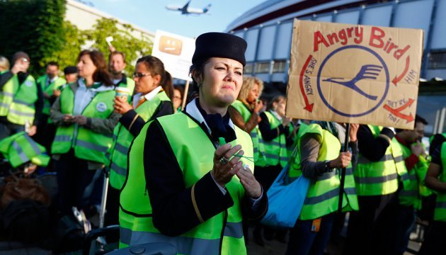 Lufthansa остаточно домовилася з профспілками - страйків не буде до 2022 року