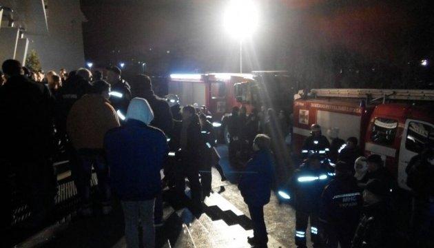 В сеть выложили кадры масштабного пожара в ночном клубе Львова