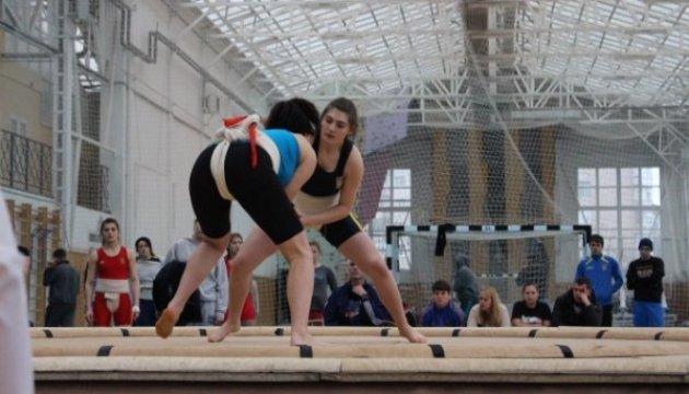 Украинцы выиграли 18 наград на Кубке мира по сумо