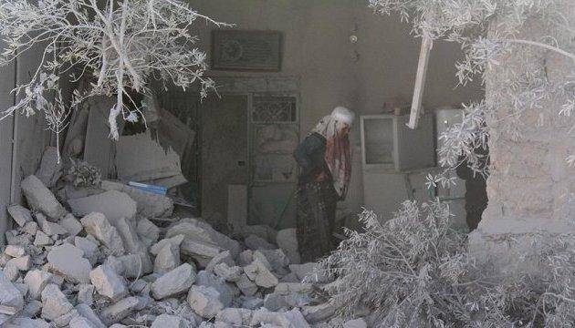 От российских бомб в Алеппо погибли 17 человек - СМИ