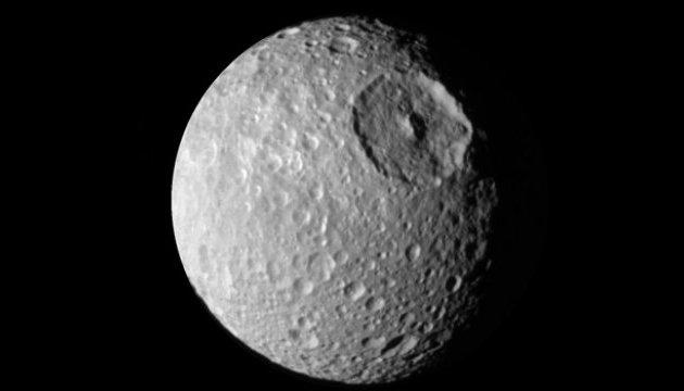 Вчені отримали дані про можливе життя на супутнику Сатурна