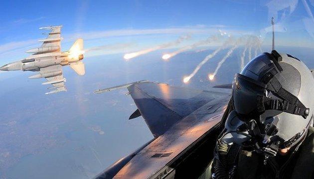 Турецька авіація знищила п'ять об'єктів ІДІЛ на півночі Сирії
