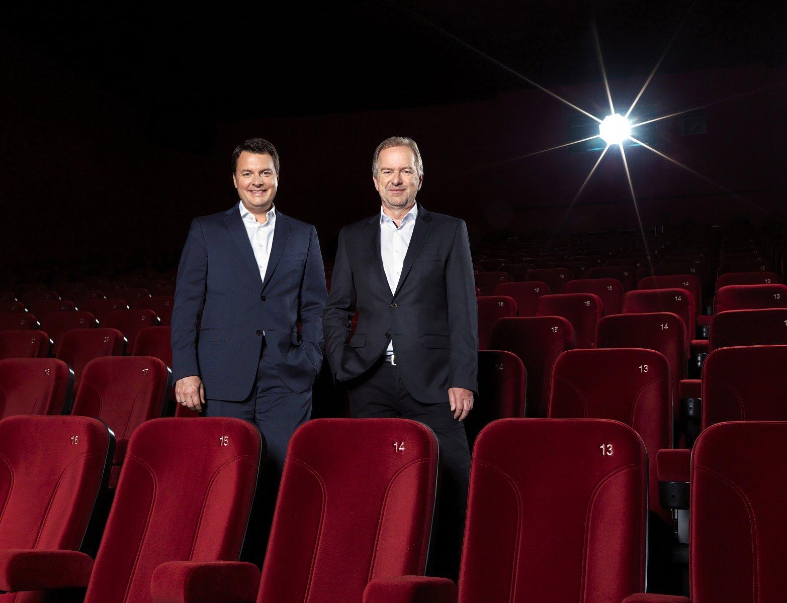 Крістоф Папоусек, фінансовий директор і керуючий партнер Cineplexx International (зліва) і Крістіан Ленгхаммер, генеральний директор і партнер Cineplexx (справа)