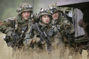 COVID-вакцинацію для солдатів Бундесверу можуть зробити обов'язковою