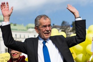 Европейцы не должны плясать под дудку Трампа - президент Австрии