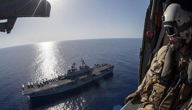 Два десантных корабля США вошли в Средиземное море