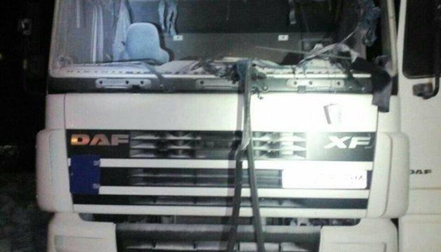 Под Львовом на АЗС взорвалась кабина фуры, водитель в тяжелом состоянии