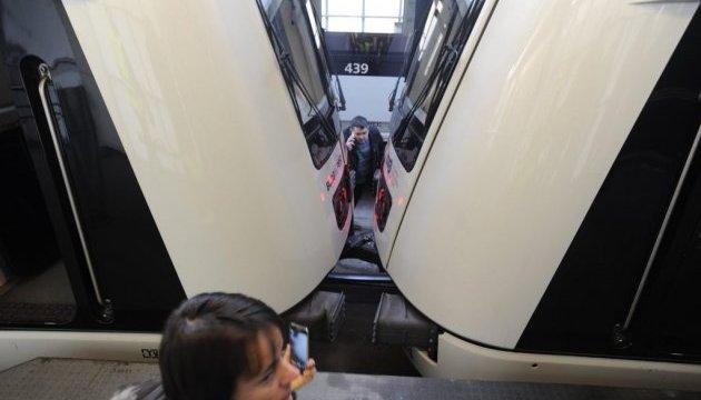 У Будапешті лоб в лоб зіткнулися поїзди метро, є поранені