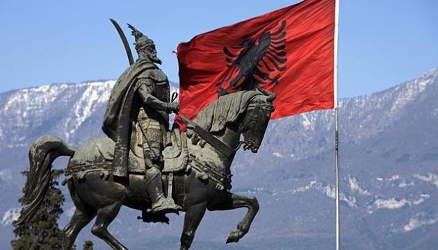 Албанские студенты перекрыли магистраль, протестуя против подорожания образования
