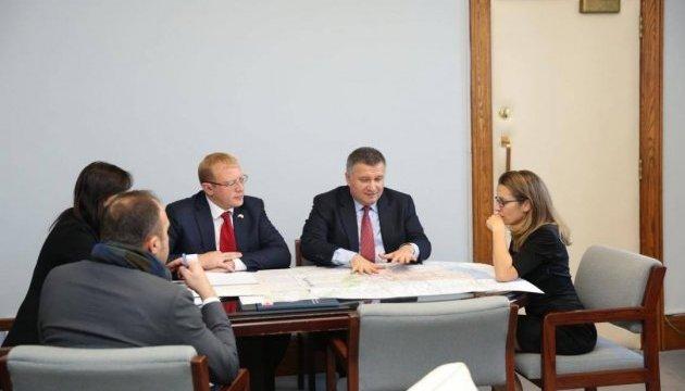 Канада надасть понад $8 мільйонів на розбудову української поліції