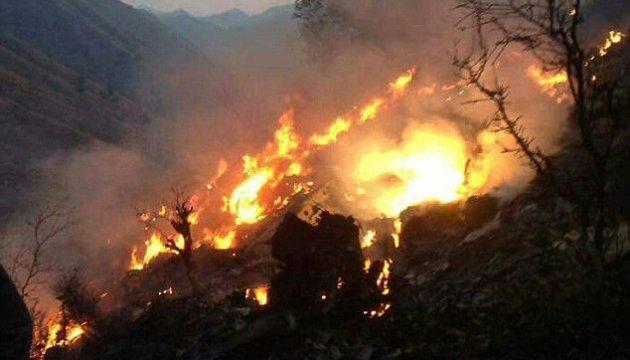 З'явилися подробиці авіакатастрофи в Пакистані