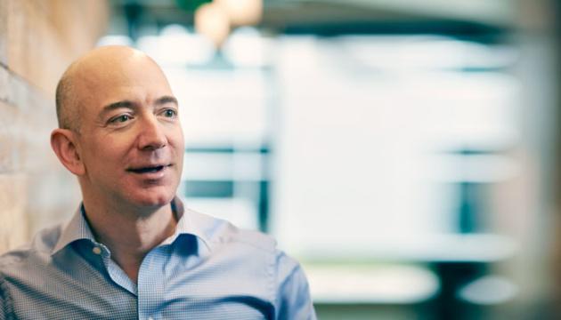 Засновник Amazon став найбагатшою людиною в сучасній історії