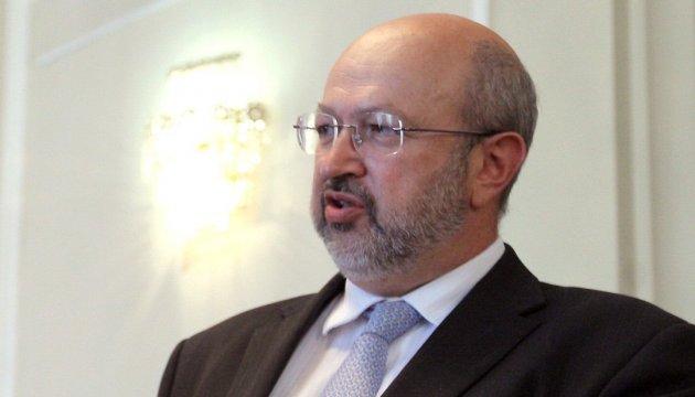 Генсек ОБСЕ требует немедленно прекратить огонь в Украине