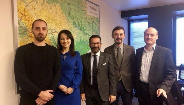 Будівництво траси М-03: Укрдорінвест вирішує ситуацію з консулом України в Італії