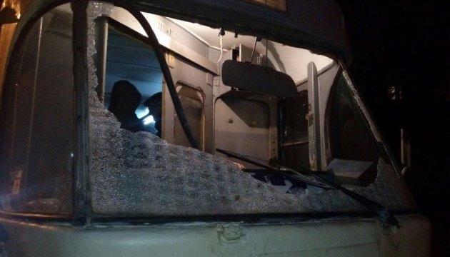 В Днепре снова обстреляли трамвай, пострадал водитель