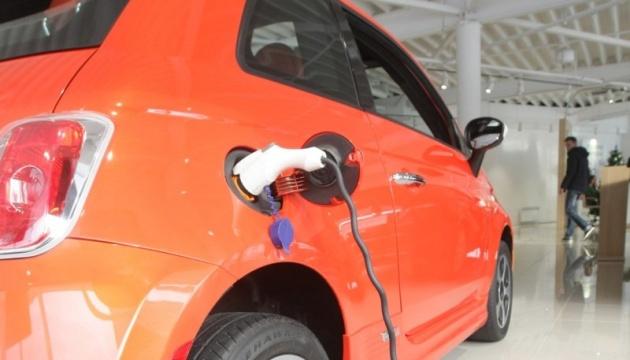 Український ринок електромобілів торік скоротився на 1%